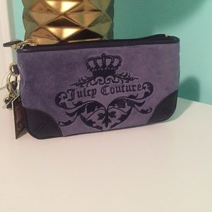*NEW* juicy couture velour wristlet